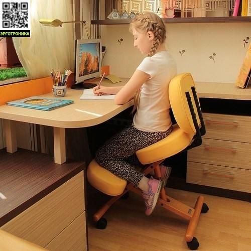 Smartstool с упором в колени KW02B