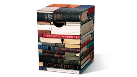 Табурет картонный Bookworm
