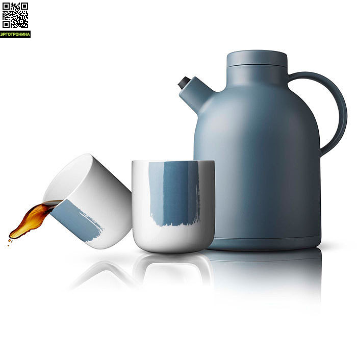 Набор чайный New Norm (термокувшин, 2 термокружки)Для дома<br>Классический термос от Menu, с инновационным носиком без подтеков, оптимальный кувшина для кофе и чая.<br>Большая ручка обеспечивает быстрый и надежный захват.<br>Легко чистить.<br>Комплект состоит из термокувшина и 2-х термокружек с удобными ручками для пальцев.<br>Дизайнер Norm Architects<br>