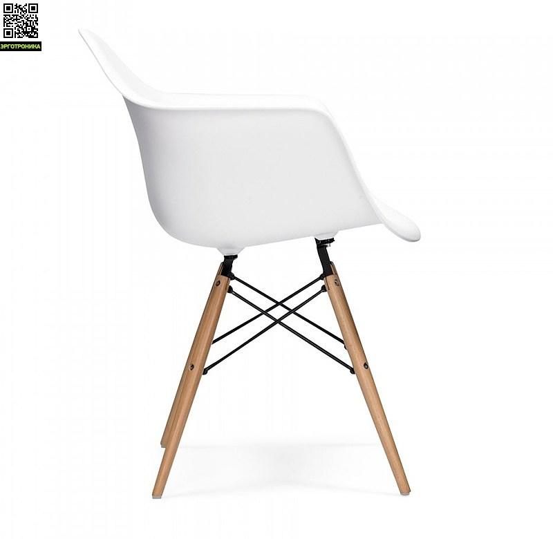 Стул Eames Style DAW ChairНеобычные<br>Культовый предмет мебели XX в.<br>Отлично вписывается в интерьер<br>Практичен и удобен<br>