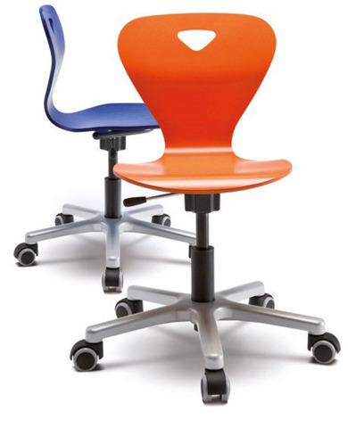 Динамичное кресло Woody M Moll