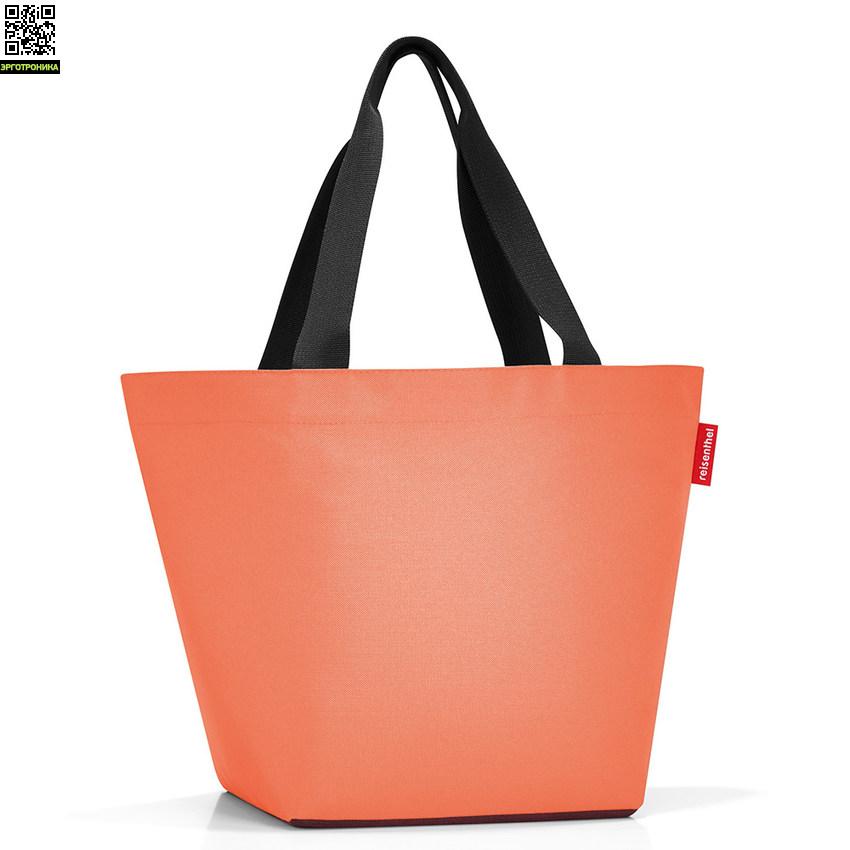 Сумка Shopper MДля дома<br>Отличная вместительная сумка среднего размера создана специально для ежедневных покупок и пикников. В этой стильной яркой сумке помимо красоты и функциональности таится еще одна важная идея – защита окружающей среды. Дизайнеры рассчитывают на то, что покупатели откажутся от бесчисленного количества полиэтиленовых пакетов в пользу ее одной – прочной и удобной. Сумка закрывается на застежку-молнию. Внутри есть дополнительный небольшой карман для мелочей. Дно сумки твердое, что делает ее устойчивой и прочной.<br>