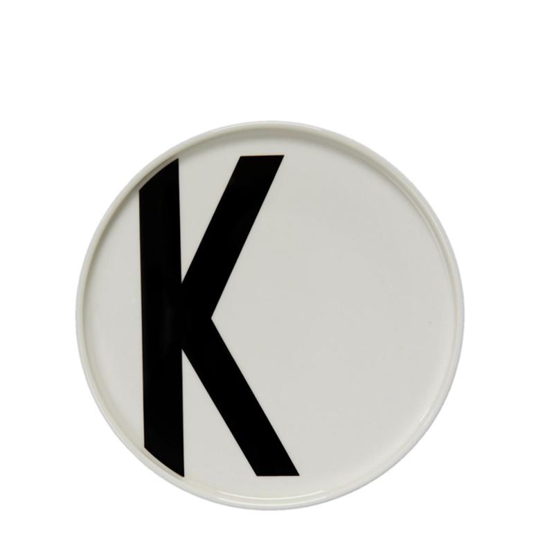 Тарелка с буквой К Design Letters