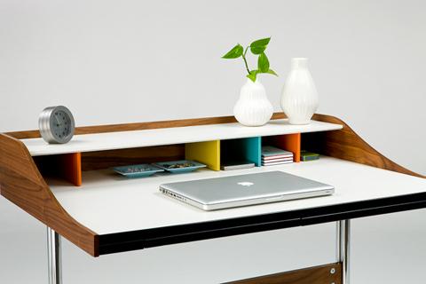 Рабочий стол Nelson Swag Leg Desk