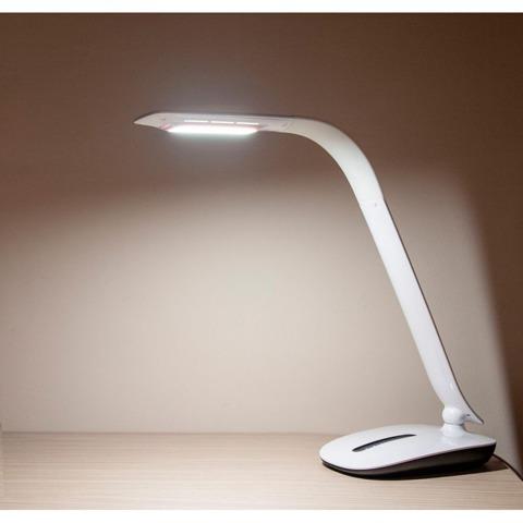 Светильник настольный светодиодный DE1715