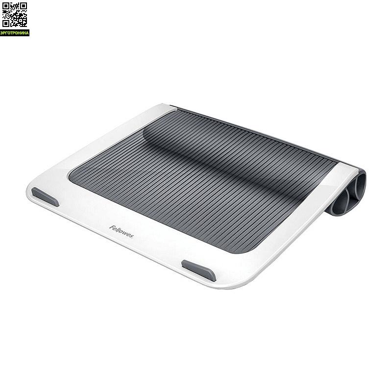 I-Spire™ подставкa для ноутбука с диагональю до 17, FS-93812Для ноутбука<br>Подставка для ноутбука с диагональю до 17 Fellowes® серии I-Spire™. Эффективно защищает ноутбук от перегрева благодаря эргономичной форме с изгибами. Нескользящая поверхность и ограничители на передней панели обеспечивают устойчивое положение ноутбука на подставке. Подставка приподнимает экран ноутбука на удобный угол обзора, а благодаря мягкой силиконовой подкладке ноутбук удобно держать на коленях. Материал: пластик и силикон. Возможность регулировки высоты отсутствует. Габаритные размеры( ВxШxД): 28,5х3<br>
