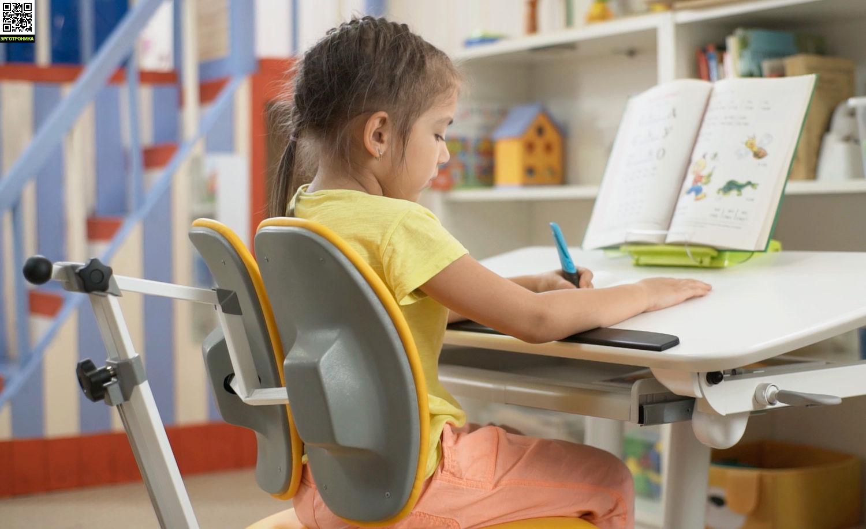 Растущее кресло UP! Footrest Идеально для растущей парты