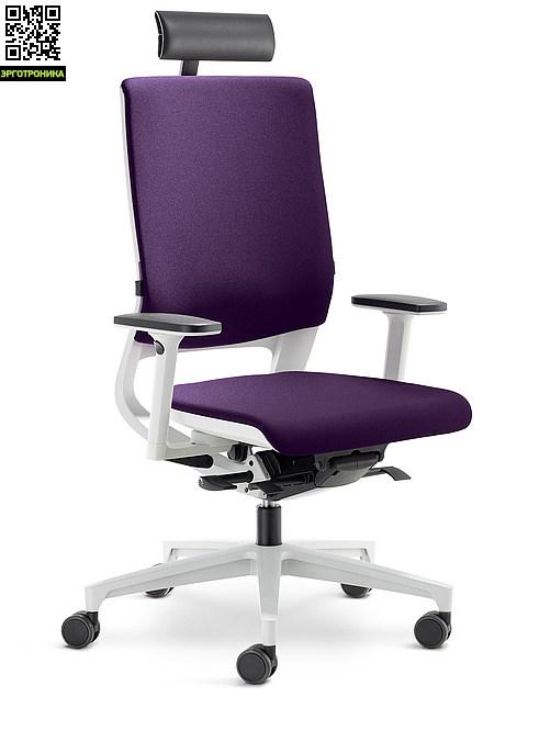 Кресло оператора MERAЭргономичные кресла<br>Кресло MERA идеально впишется в интерьер современного офиса, благодаря своему легкому и ультрамодному дизайну. Точечный синхромеханизм и гибкая спинка кресла позволяют динамично работать в течение всего дня. Положение подлокотников регулируется в двух направлениях: вверх и в плоскости.<br>Благодаря эргономичной форме спинки сидеть на кресле MERA комфортно даже высоким и полным людям. А запатентованный QUICKSET механизм регулировки под вес пользователя начинает действовать посредством легкого нажатия на автома<br>