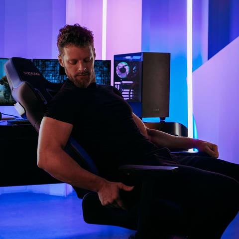 Профессиональное киберспортивное кресло Vertagear SL4000