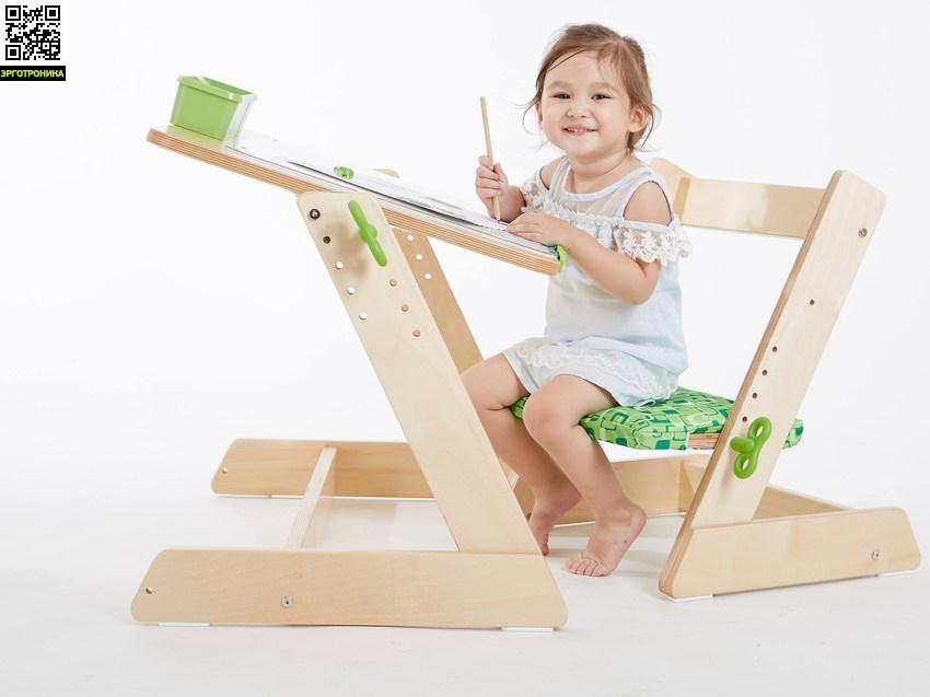 Комплект парта-трансформер+растущий стул Q-MOMO
