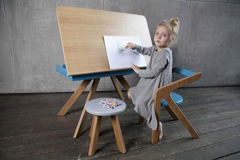 Стол Malevich (1,5-5 года), серия Шпон