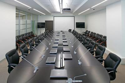 Кресло офисное для персонала Maxus B