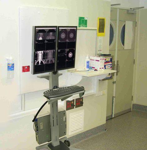 Ergotron Neo-Flex Мобильное рабочее место на два монитора 24-194-055