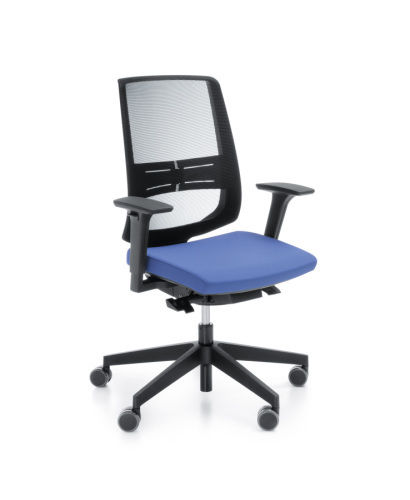 Сетчатое офисное кресло Profim LightUp
