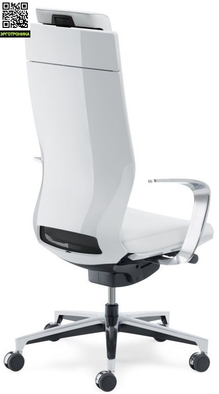 Дизайнерское кресло руководителя MOTEO Klober